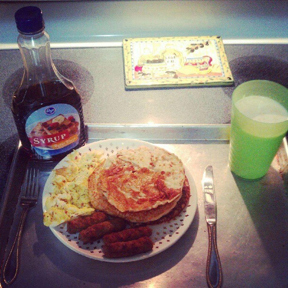 Leggo. Breakfastflow Swag SWERVE  Mmm boom good yum teamcook