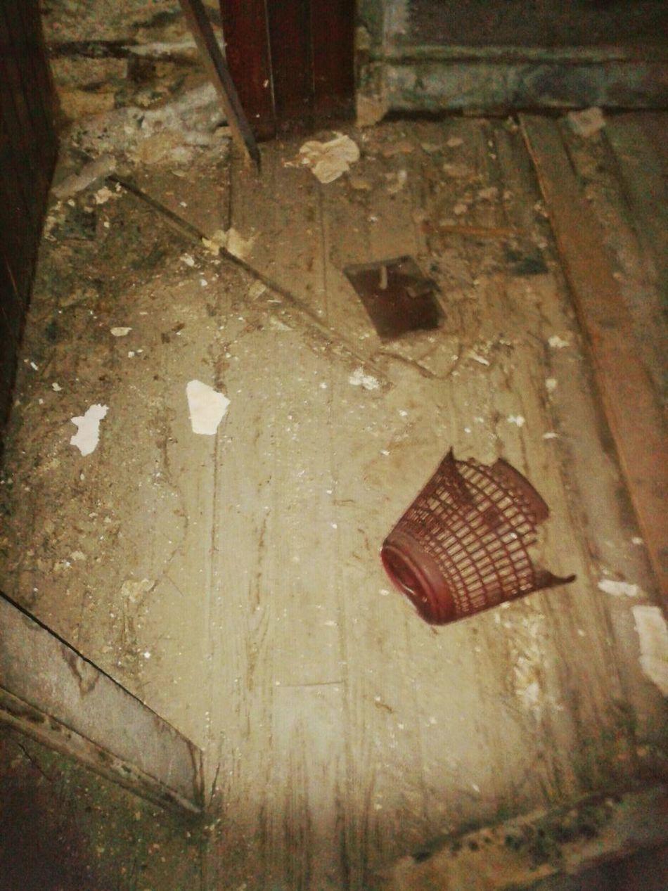 """Exploring an abandoned villa 4"". Villa Abbandonata Abandoned Mansion Mansion Abandoned Buildings Creepy Exploring Low Light Smartphone Photography Mobile Photography S3mini Camerazoomfx Eyeemfilter F1"