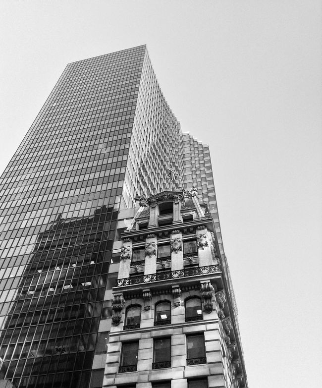 Buildings NYC Streetphotography Glassreflections Reflections Bnw Blackandwhite Blanco Y Negro
