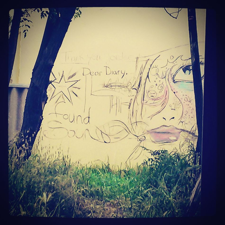Radiosweetheart Wall Art Streetart ArtWork Drawingtime :)