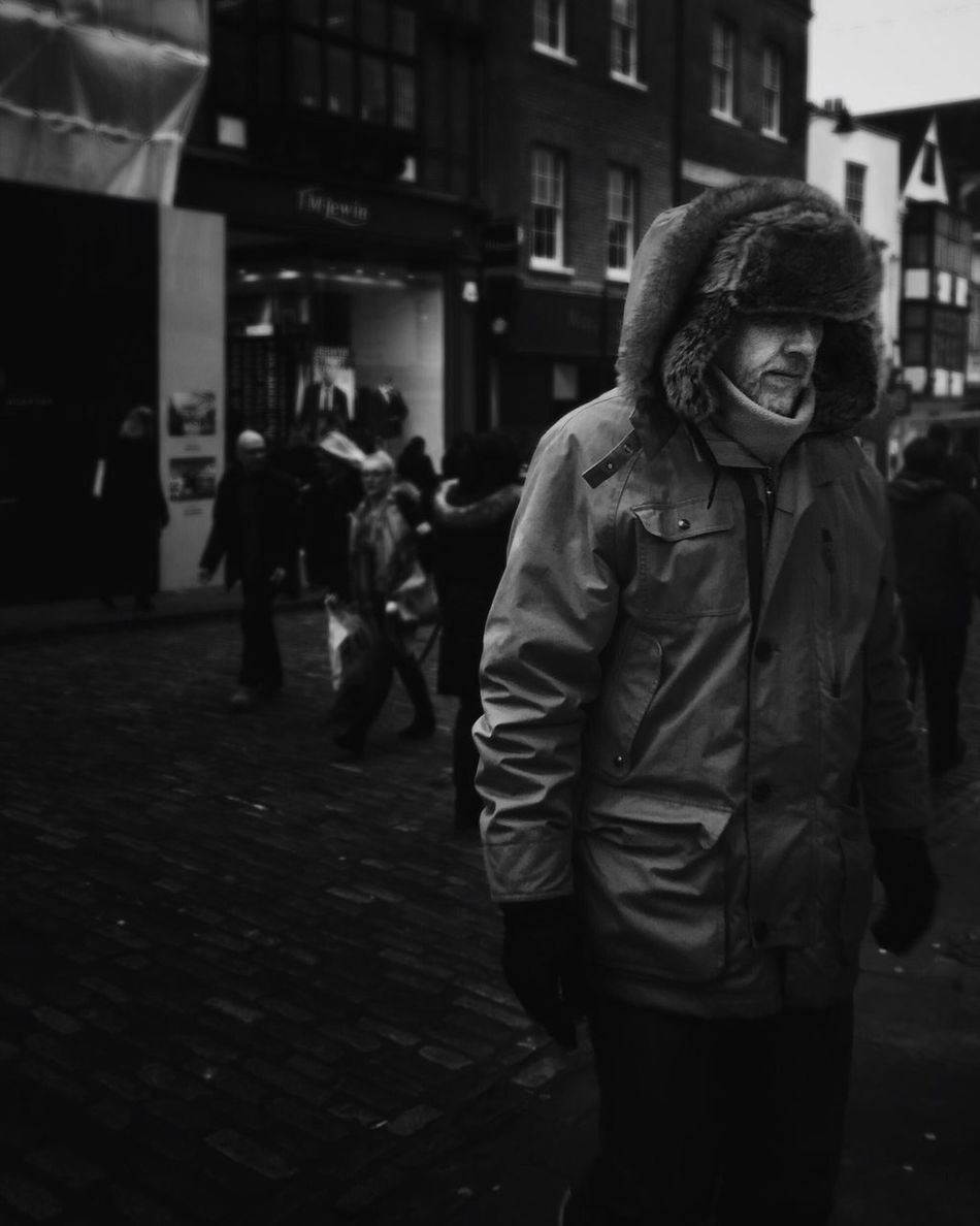 From the north • Street Streetphotography Streetphoto_bw Streetbwcolor Londonstreets London Lifestyle People Real People Outdoors Warm Clothing Could