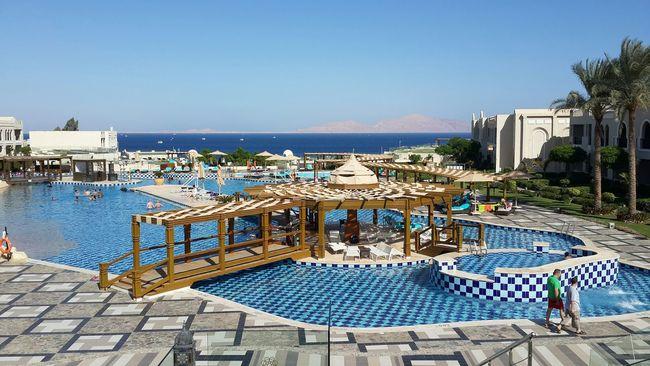 Beautiful Surroundings Relaxing Holiday Pool View Sea Sea View