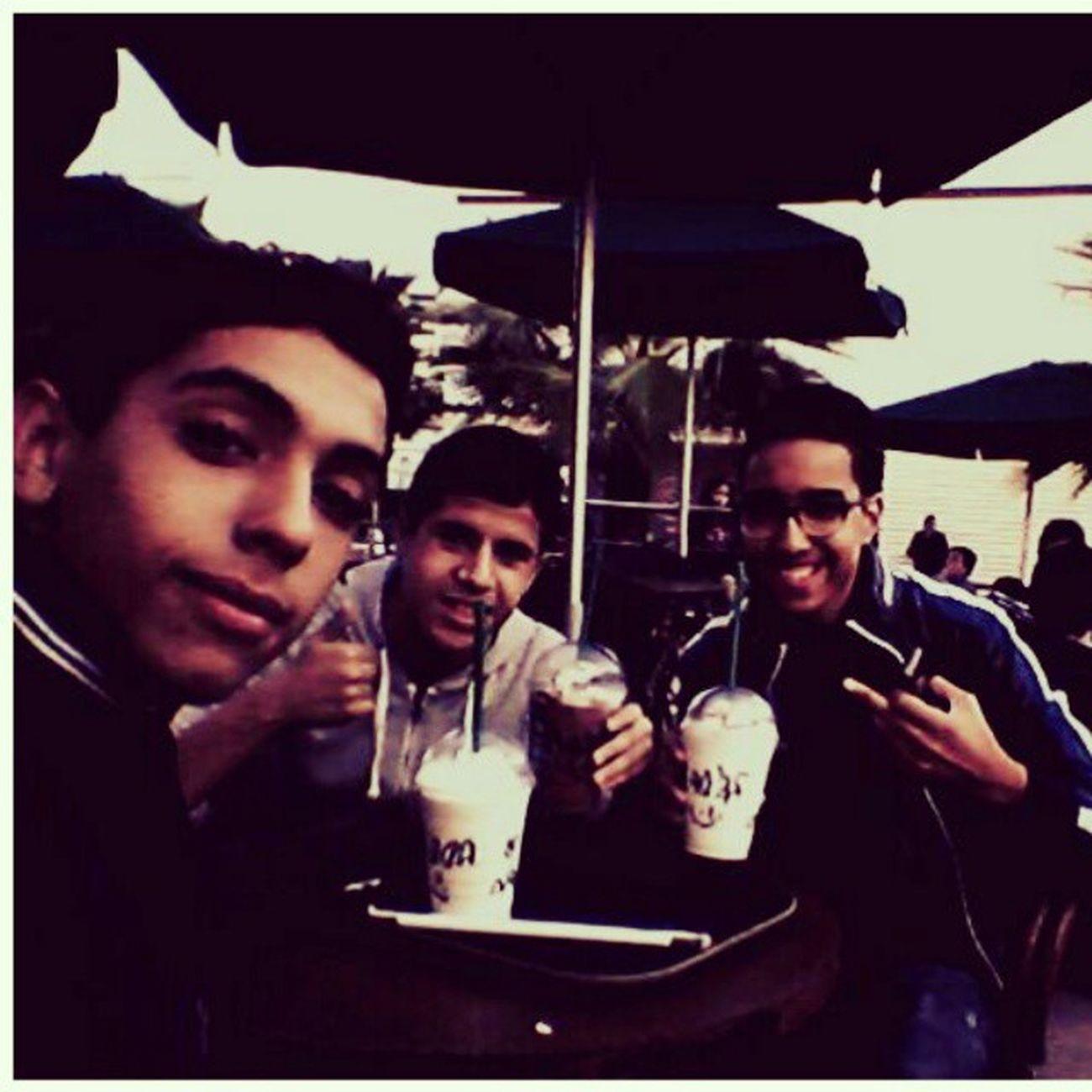 Les Khos :D Enjoyin ' Chillin ' Starbucks Frappucino Love Happiness