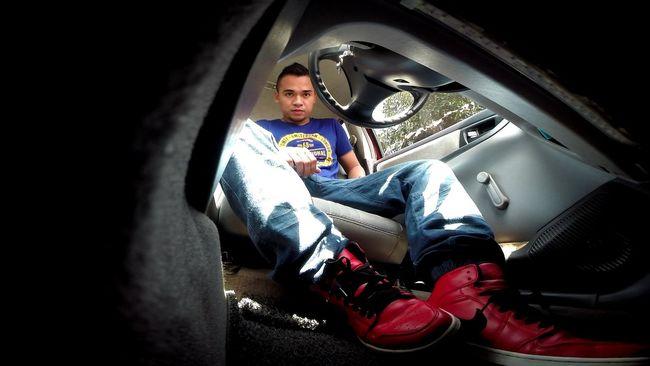 Noedit #nofilter #notneeded Snkrfrkr #sneakerhead #solecollector #solecheck #solecontrol #solecontrolfam #kicksology #kixnation #walklikeus #lacebag #sneakersociety #sneakerporn Air Jordan 1 GoPro Hero3+ keep it down low.