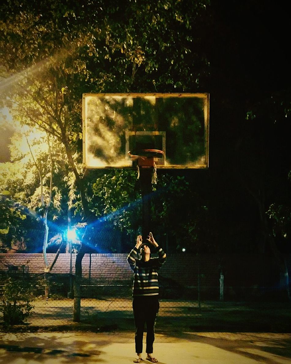 In Search Of Incredible Uniqueness From My Point Of View Adapted To The City People And Places One Man Only One Person Person Basketballcourt BasketBallneverStops