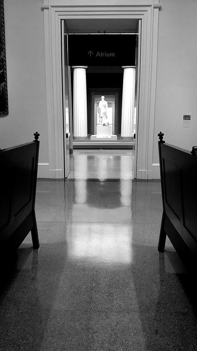 Hallway RVA Vmfa Art Museum Statue Androidography Alone Blackandwhite Hallway Reflectuon