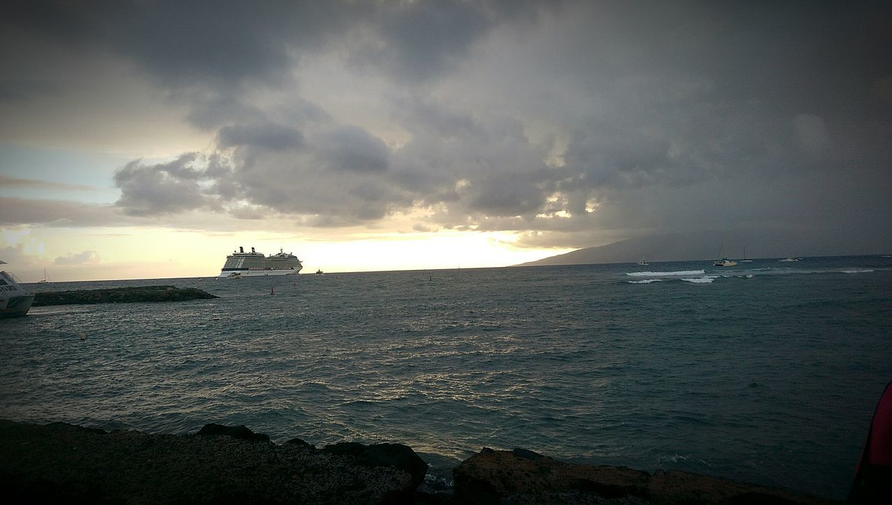 Maui Cruise Ship Sunset Cloudy Sky Pacific Ocean Paradise Htc One M8