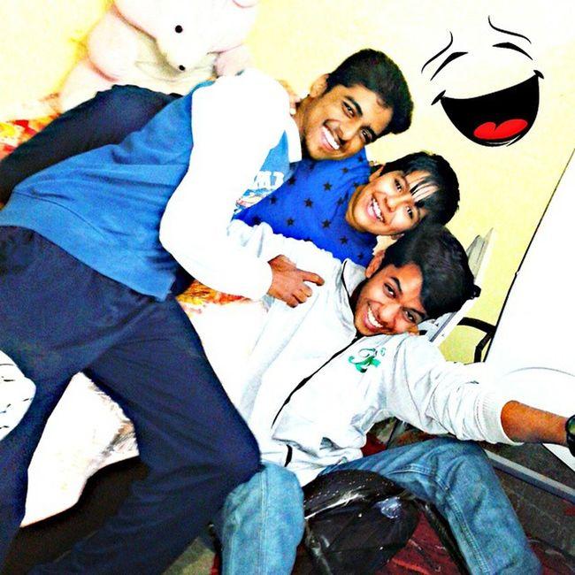 Friendship is not a big thing :D Itz a million small things :* ^_^ ExamKiTayari AmanKaGhar FullPagalpanti ;) :P