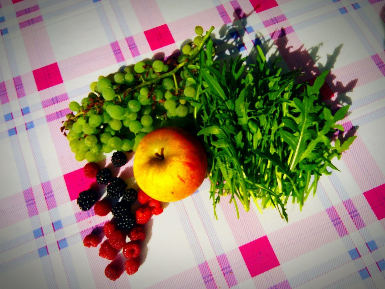 Garden Harvest Flower High Angle View Ready-to-eat Rucola A Bird's Eye View Rasberries Blackberries Grapes Apple Harvest Time EyeEm Best Edits Large Group Of Objects Rocketleaves Green Vegetables