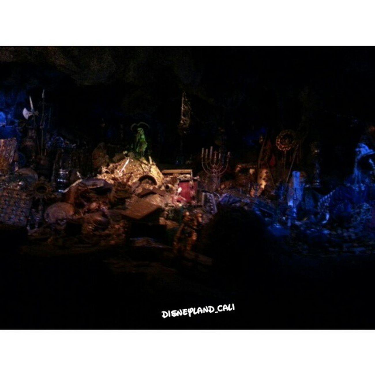 Piratesofthecarribean Disneyland_cali Disneyland