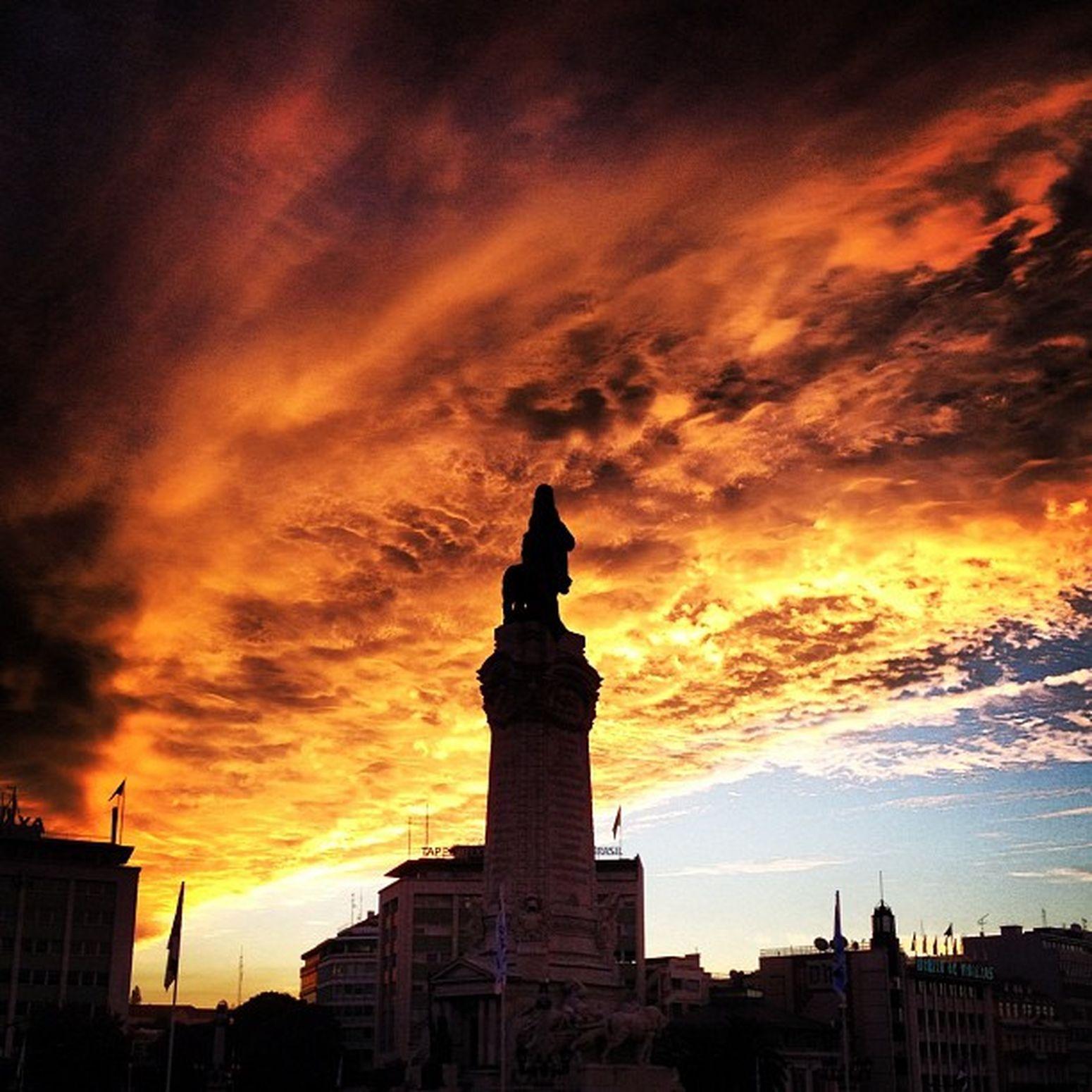 Marquês de Pombal with the sky in fire Burn Sky Clouds And Sky Fire Lisbon Portugal Sky Statue Sunshine First Eyeem Photo