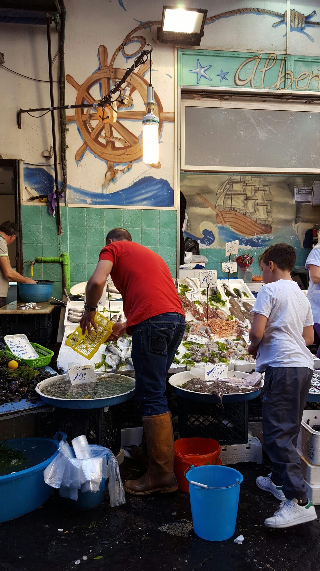 Market Italy🇮🇹 Napoli ❤ Napoli Urbanphotography Italia City Food Food♡ Fish Market Seafood Market Octopus Market