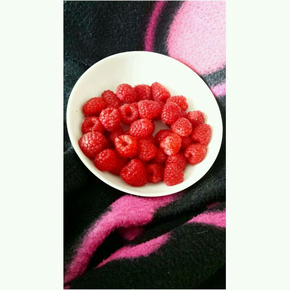 Eat More Fruit Red Fruits Lamponi