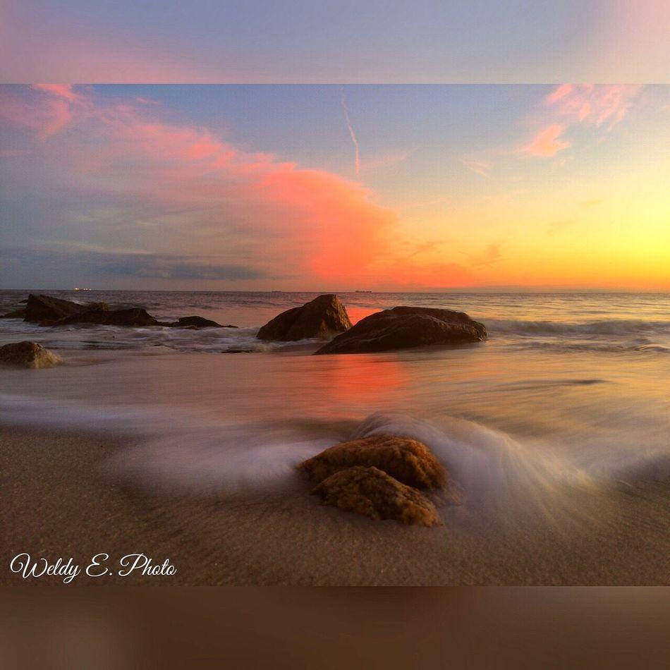 Sunset At Long Beach, NY EyeEm Best Shots - Long Exposure Slowshutter World EyeEm Best Shots Visualmagic Longexposurephotography Beachphotography Sunset_collection EyeEm Sunset Long Exposure Shot
