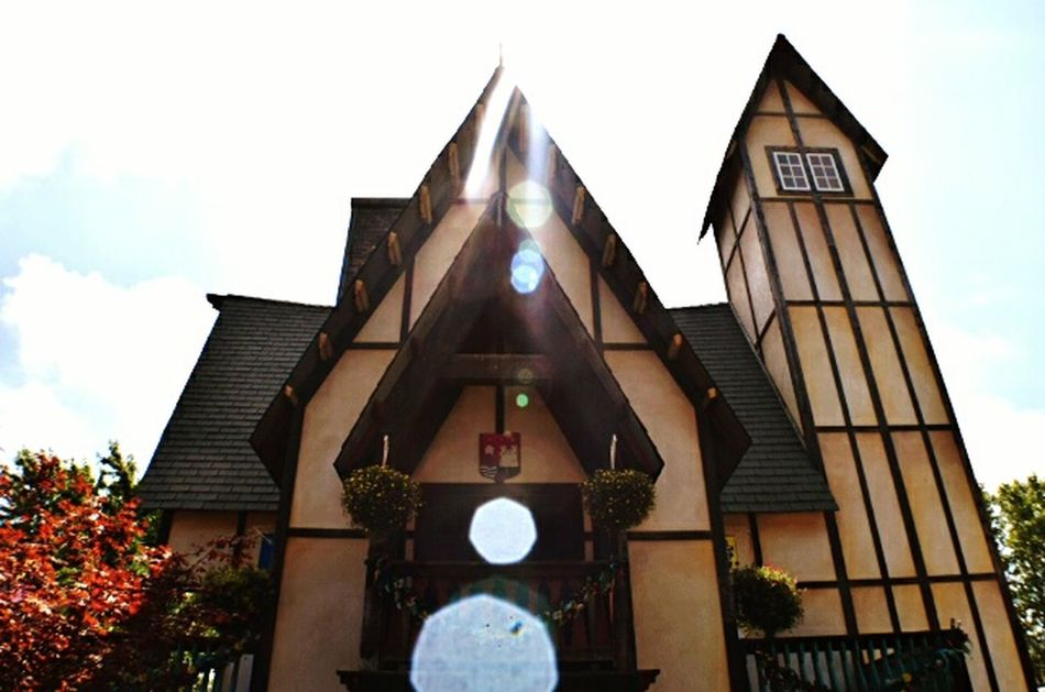 The Week On Eyem House Houses And Windows Lens Flare Len Sun Beam Nikon_photography Nikon Photographer NIKON D5300 Bristol Renaissance Faire Magic Mission My Favorite Place
