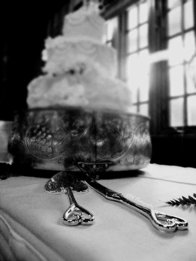 Monochrome Photography Close-up Vertical Indoors  No People Day Wedding Photography Weddingphotographer Wedding Cake