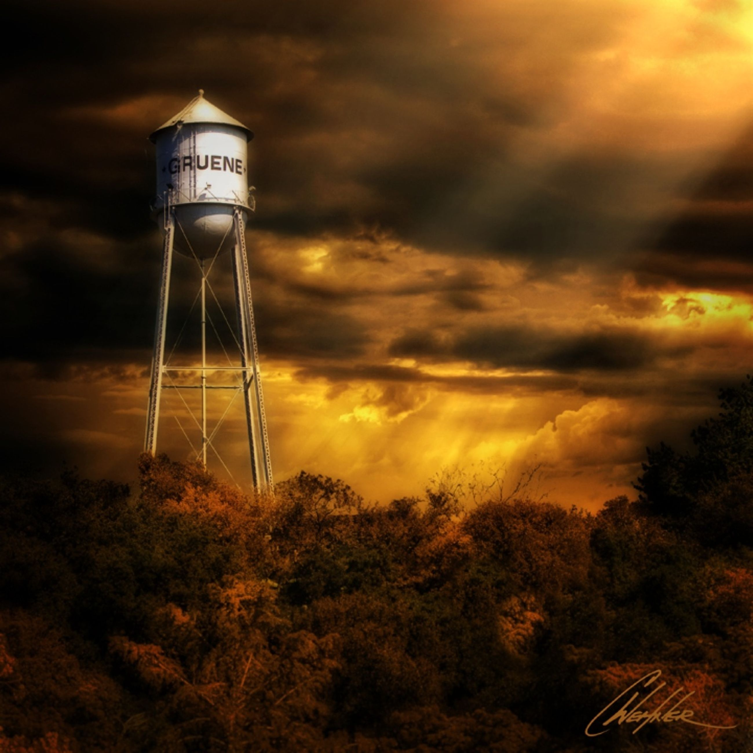 sky, sunset, cloud - sky, street light, low angle view, lighting equipment, cloudy, silhouette, scenics, nature, orange color, tranquility, beauty in nature, dusk, built structure, cloud, building exterior, tree, tranquil scene, architecture