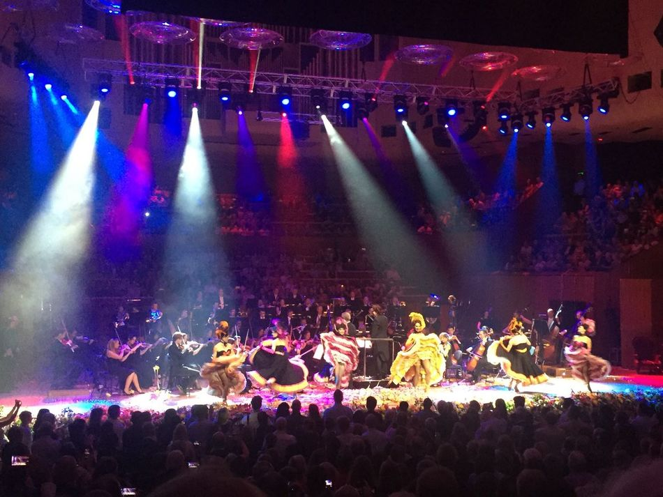 Carnival Crowds And Details Large Group Of People Performance Arts Culture And Entertainment Nightlife Stage - Performance Space Music Festival Enjoyment Fun Popular Music Concert Real People Music Sydney Opera House Nye2016 Galanight