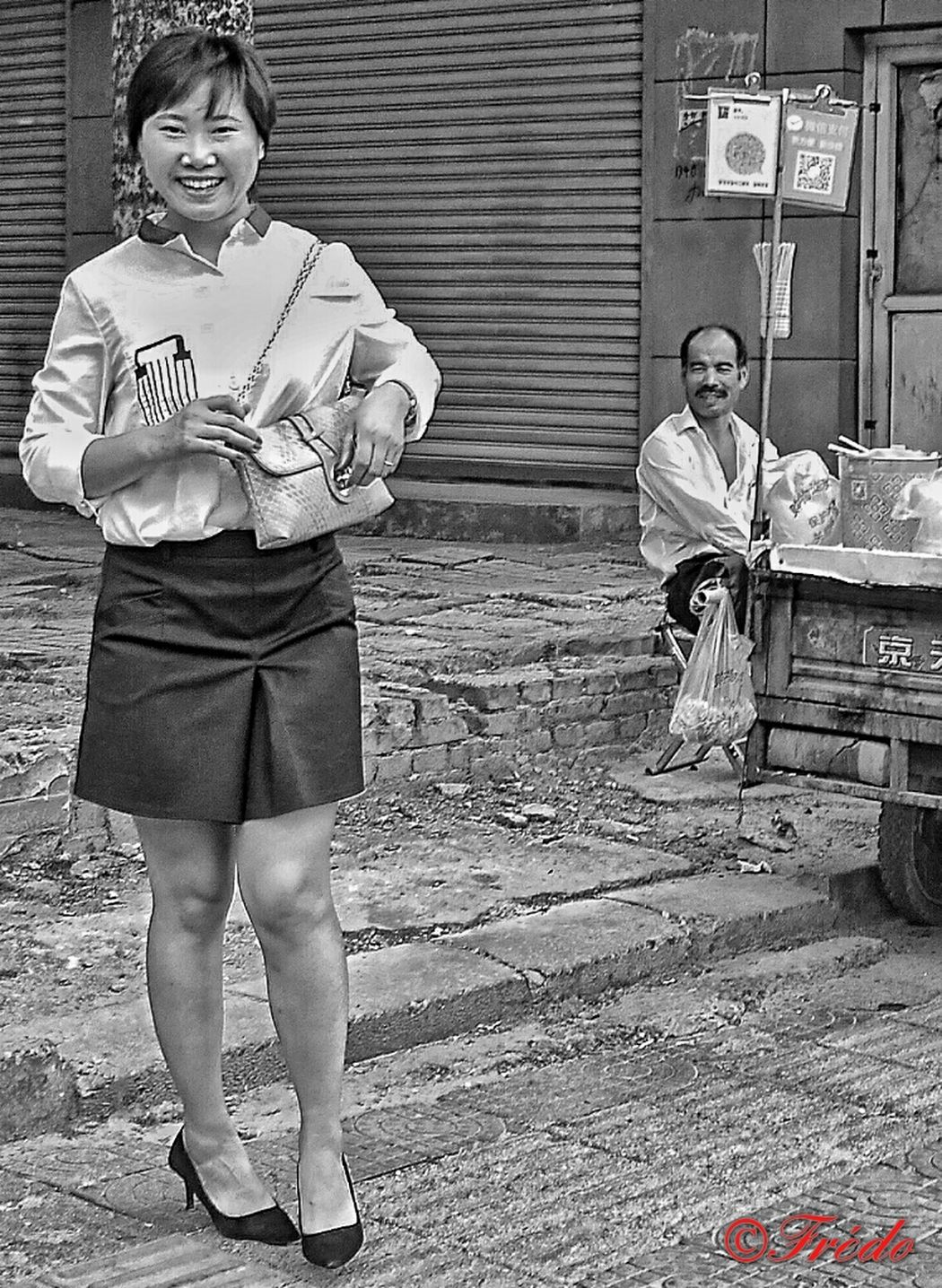 De Si Beaux Sourires Sourire. Smile Sourire Aux Levres Women Who Inspire You Lovely Girl Day Streetphoto_bw Street Photography China China Beauty China Photos Beijing, China BEIJING北京CHINA中国BEAUTY