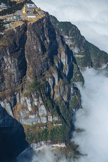 2005年,德国国家地理杂志和法国巴黎镜报杂志曾专题介绍过我的航拍作品。 Mountain Scenics Nature No People Beauty In Nature Tree Mountain Range Outdoors Tranquil Scene Landscape Architecture Water Day Sky