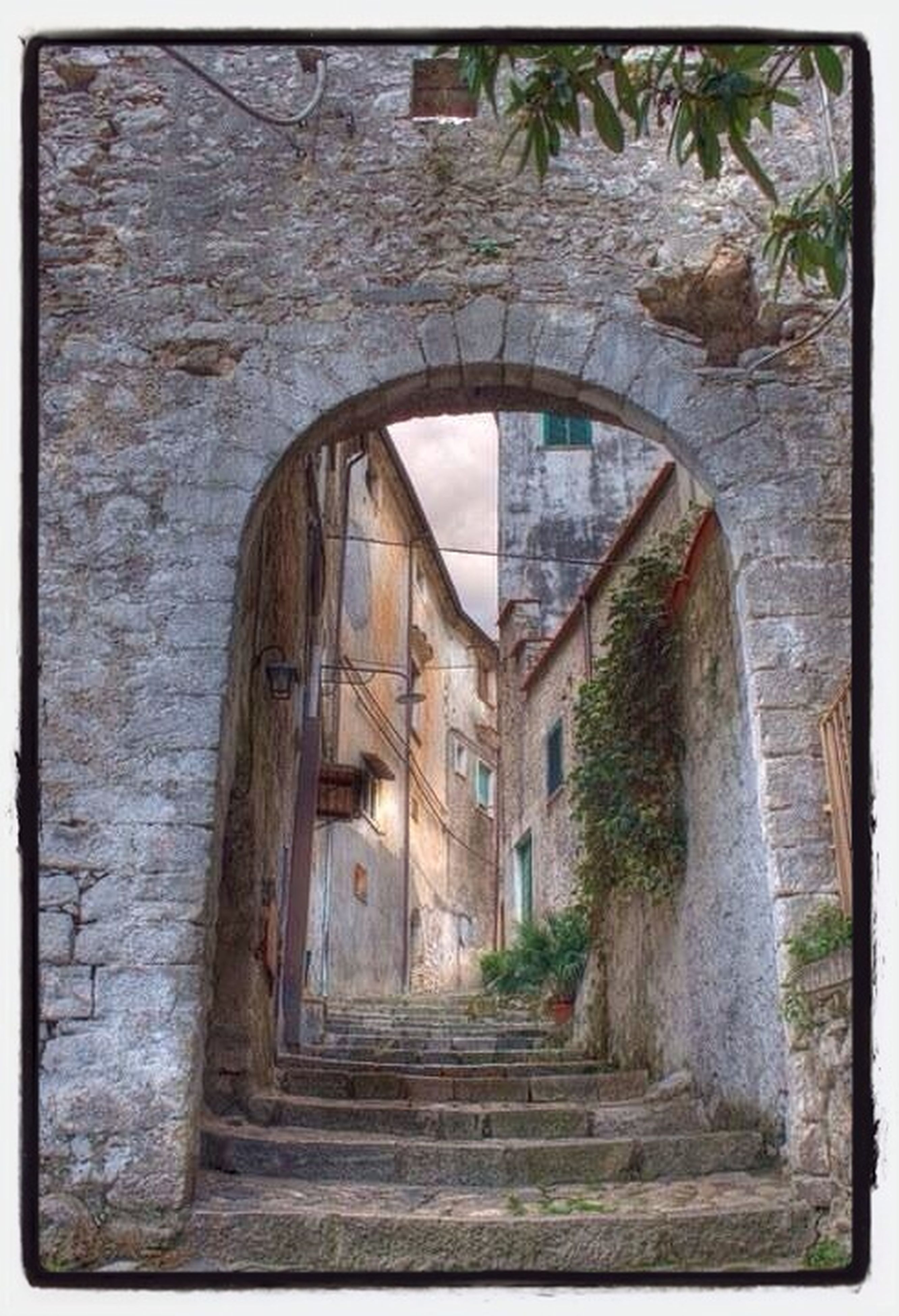 architecture, built structure, arch, old, building exterior, steps, entrance, door, house, transfer print, indoors, abandoned, steps and staircases, auto post production filter, archway, weathered, staircase, wall - building feature, building, doorway