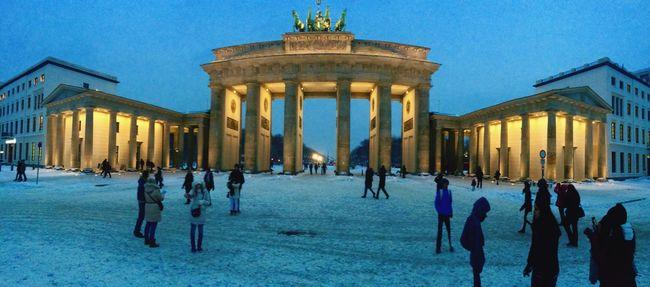 Nofilter Architecture Brandenburg Gate History Germany Winter Snow