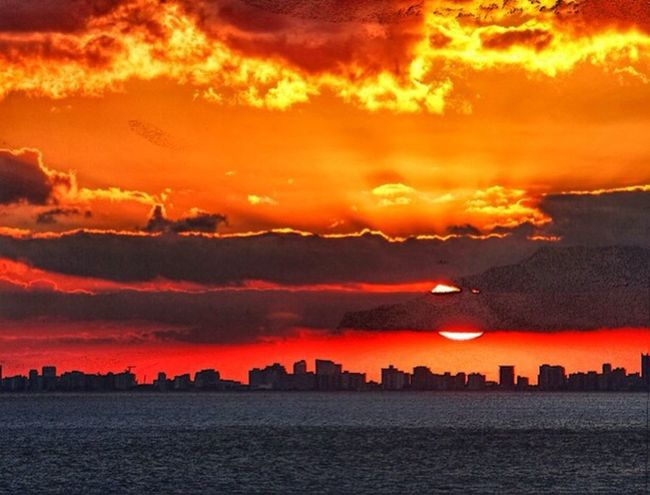 Miami Sunset. Sunset #skyporn #cloudporn # Bestskyever #gorgeous # Beautiful #stunning Miami Silhouette Lightandshadow