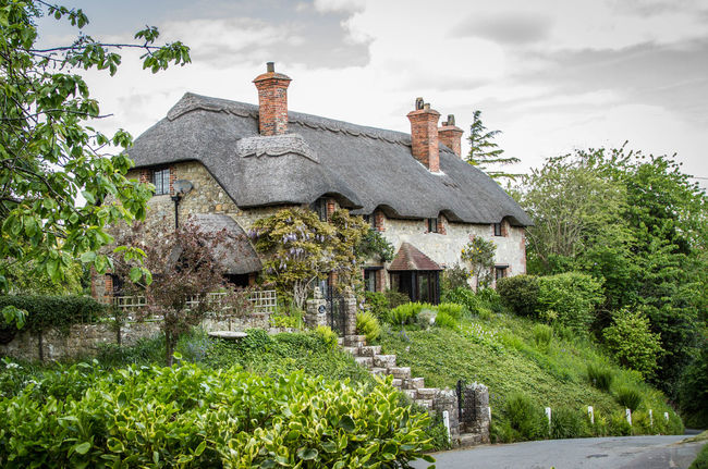 Architecture Built Structure Isle Of Wight Godshillcottage Old Residential Structure Thatched Cottage Country Cottage Thatched Roof Village