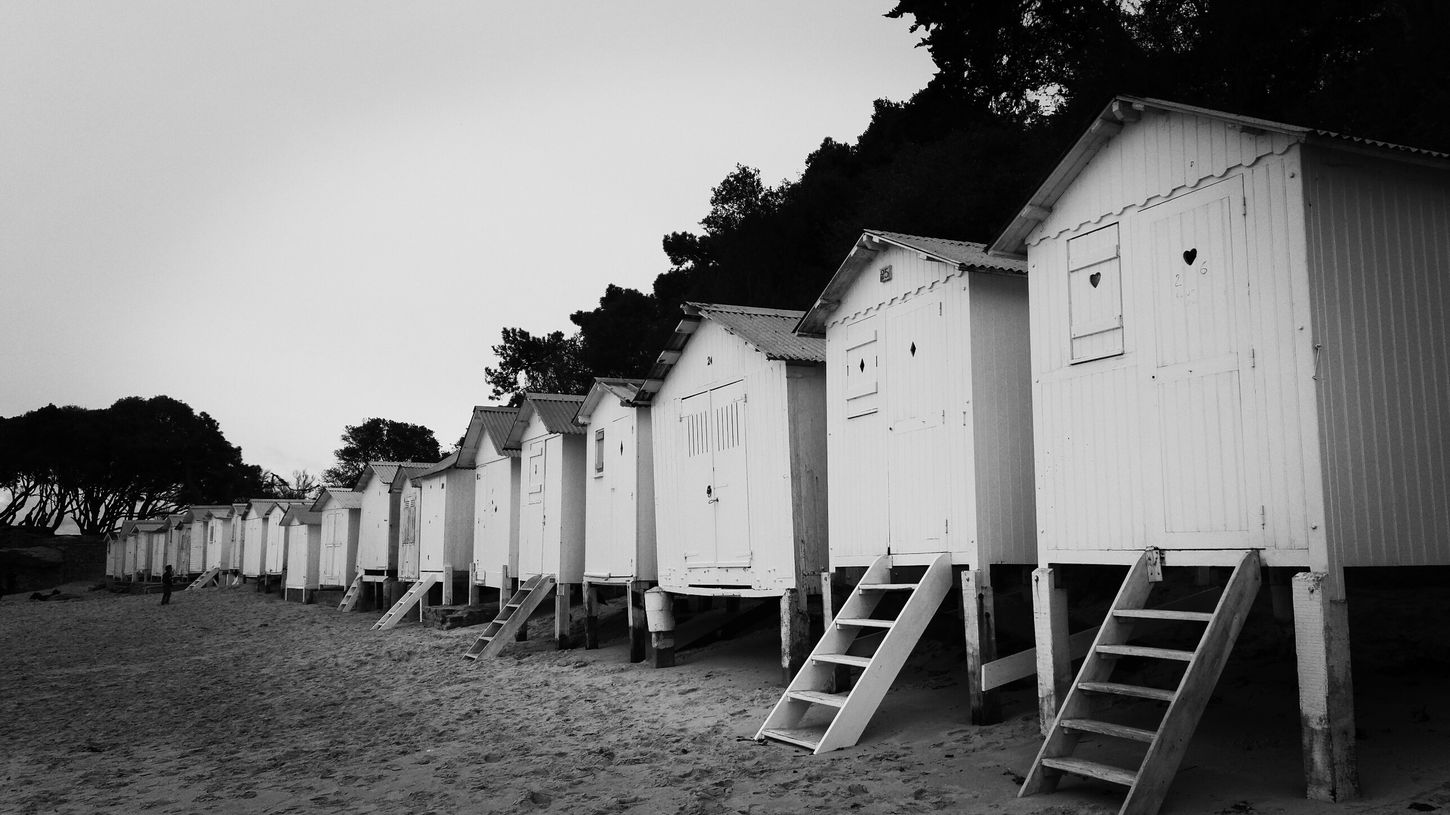 Beach Huts Beachphotography Taking Photos For My Friends That Connect Black And White Blackandwhite Photography EyeEm Best Shots - Black + White Eyeemblack&white Friday ✌ Good Weekend Bnw_friday_eyeemchallenge