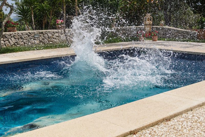 Arschbombe Blue Flowing Flowing Water Focus On Foreground Fountain Fun Jump Jumping Motion No People Plant Pool Purity Spaß Splashing Spraying Spritzen Swimming Swimming Pool Urlaub Water