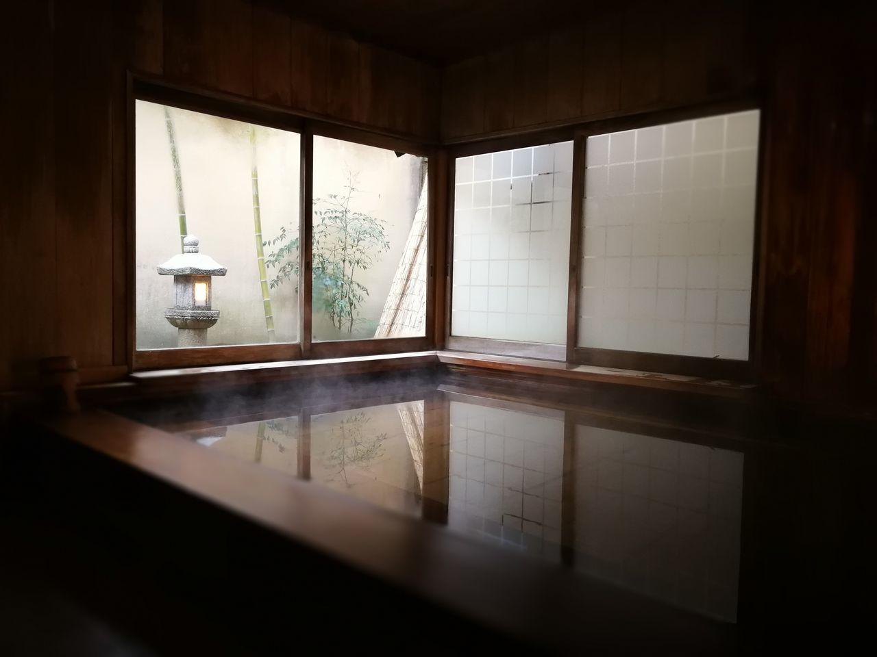 Bathtub Cypress Bath Day Hot Spring Indoors  Innocence Japanese  Japanese Bath Mindfulness No People Onsen Ryokan Scenics Spa Travel Window Zen