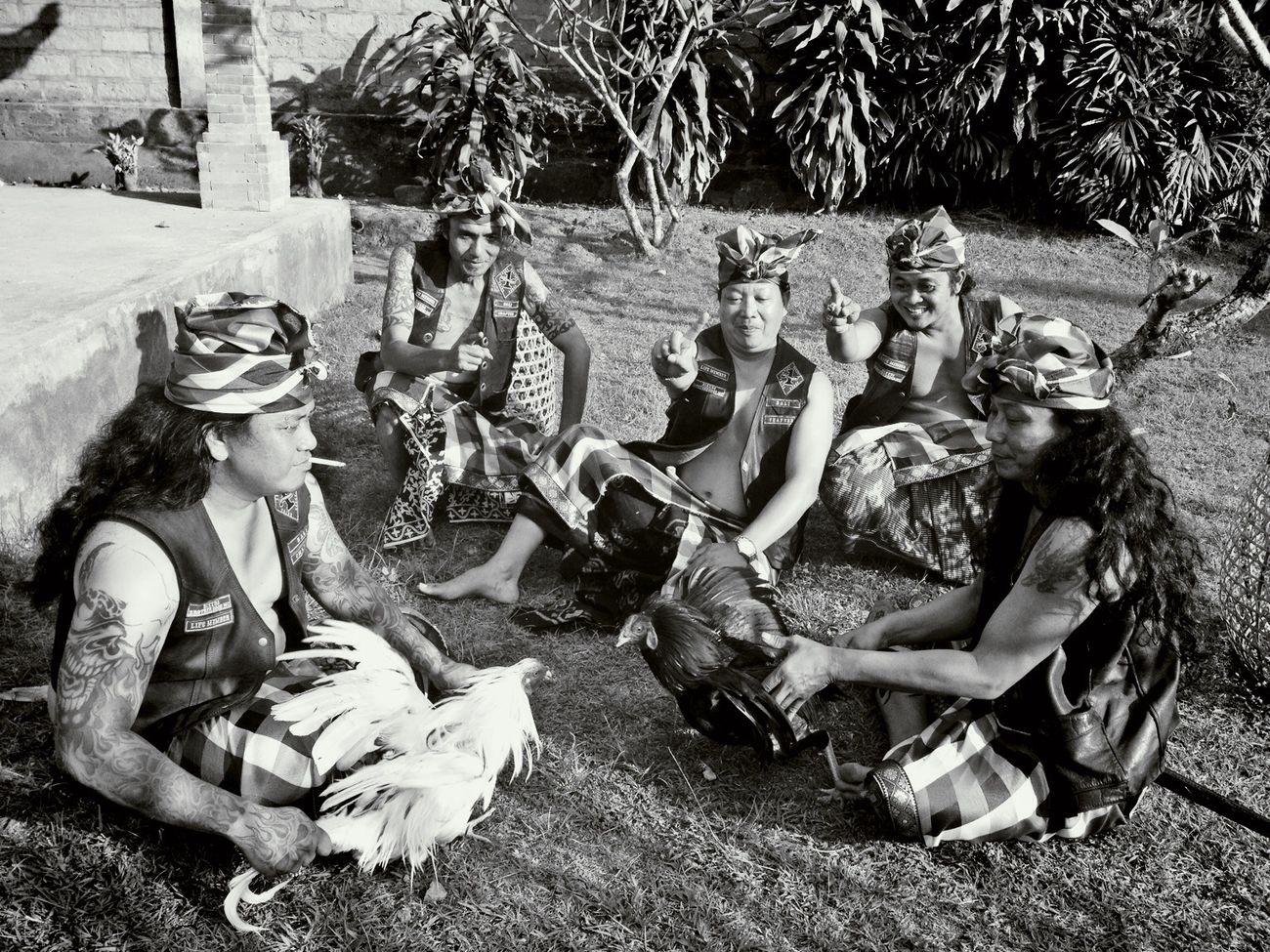 Bikers juga manusia I Love It ❤ Bikers Brotherhood Mc Motorcycle Club 1% INDONESIA Traditional Culture Bali chapter Brotherhood For Culture Hello World Enjoying Life