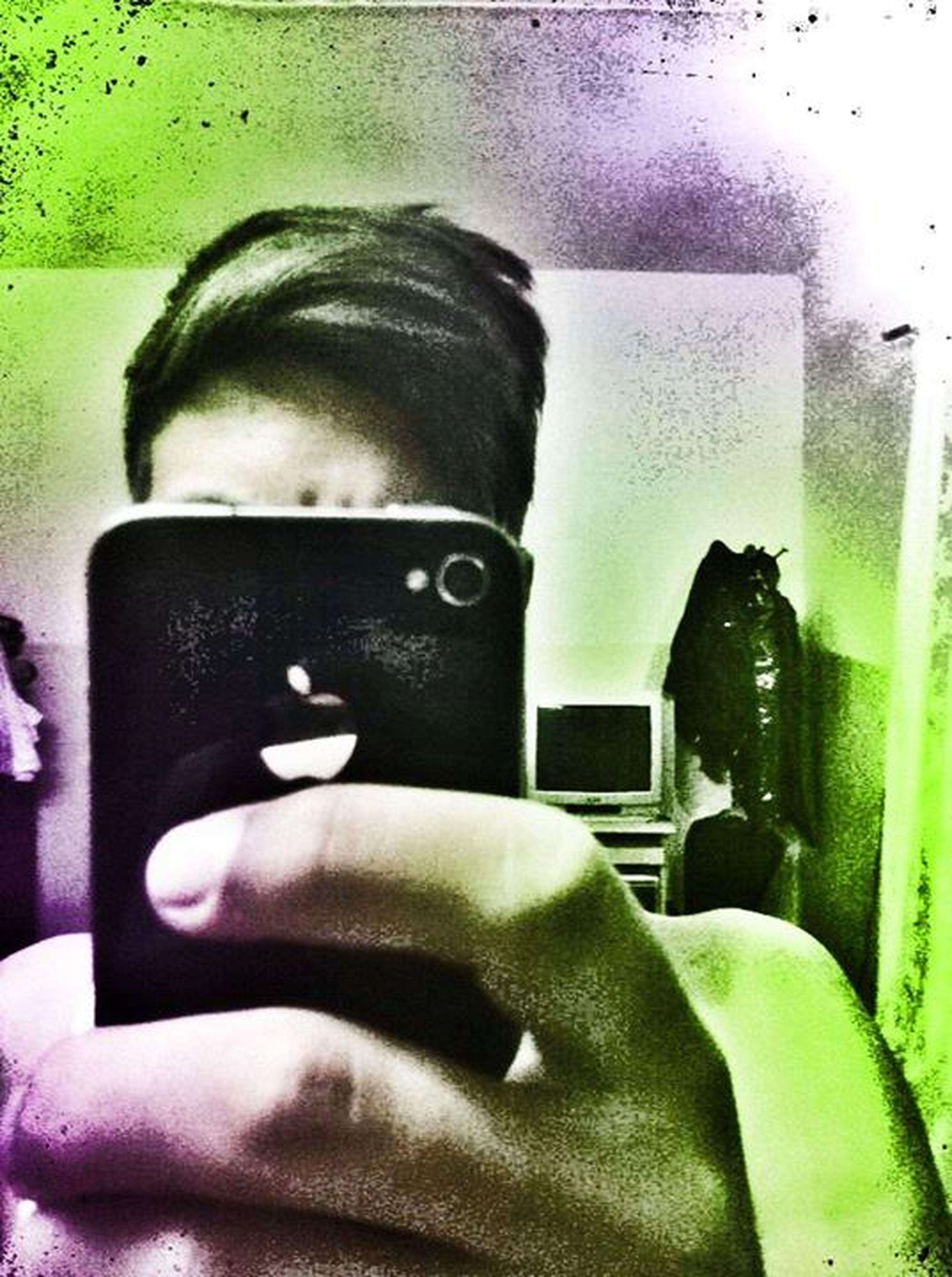 Iphone4 When I'm Alone Mirror Pic Love