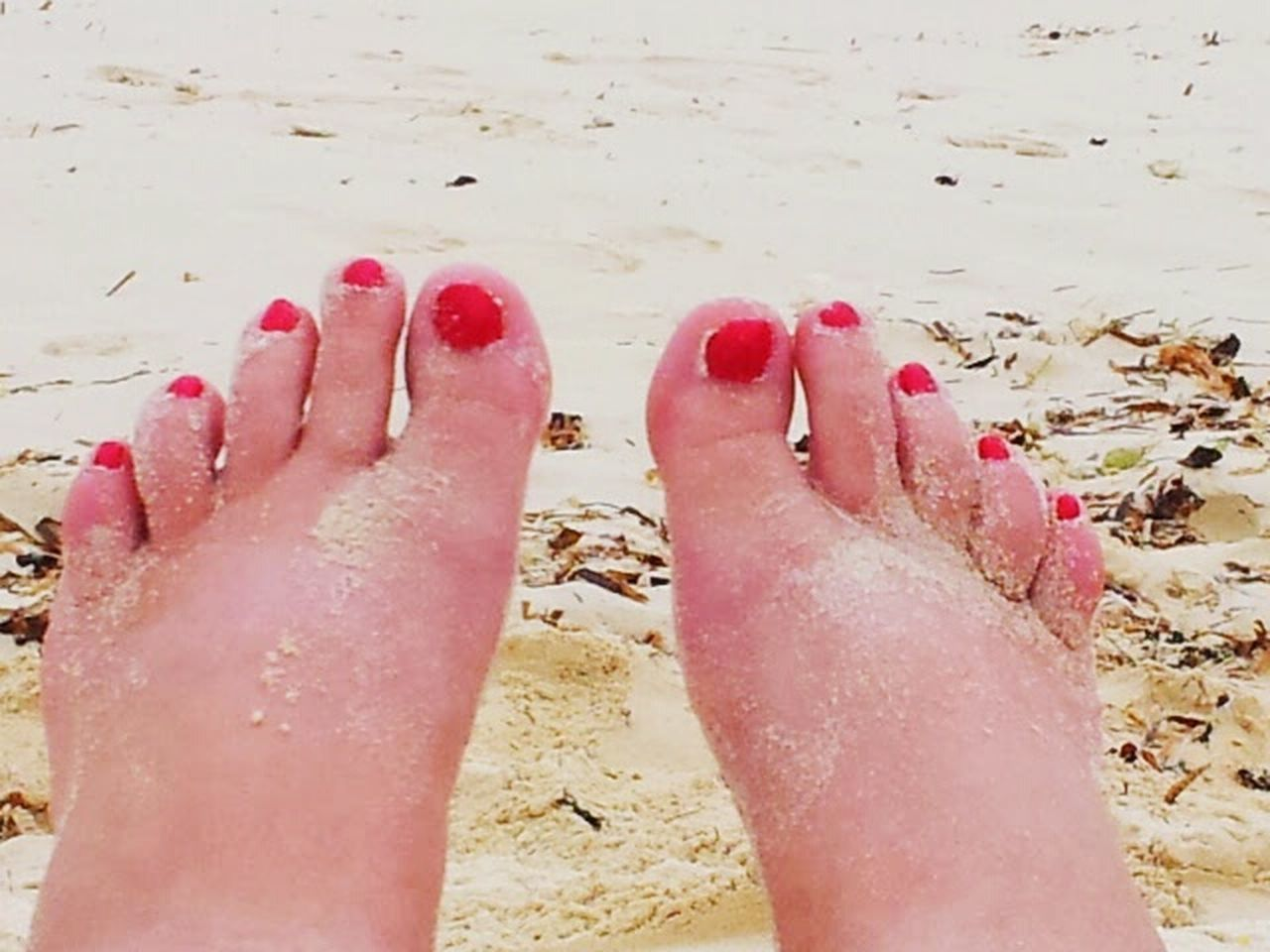 Sandy Toes red toes Feet In The Sand Feetselfies Sandy Feet