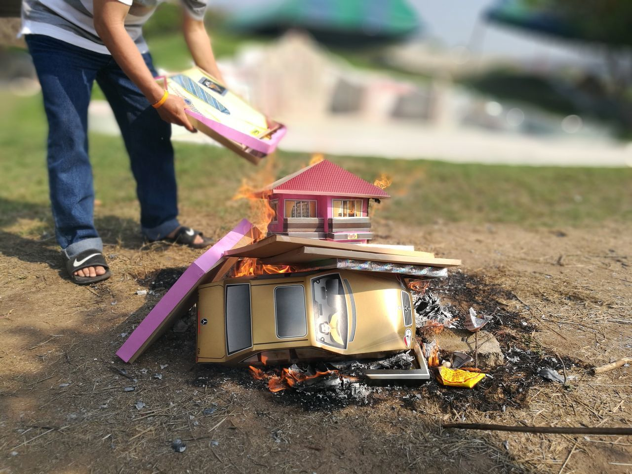 Ancestor Ancestor Worship Ancestors Burning Chinese Chinese Culture Day Human Body Part Outdoors Papers Qingming Qingming Day Qingming Festival Sacrificial Offering Worship