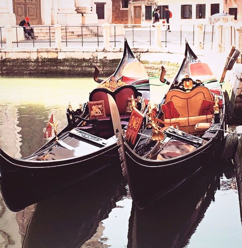 Gondola - Traditional Boat Cultures Outdoors Gondolier Venice Venice, Italy Venicelife Italy Holidays EyeEmNewHere