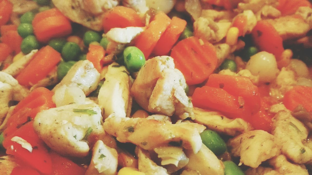 Check This Out Vegetable with Chicken Meat and Herbal Close-up Food Eye4photography  Food And Drink Foodporn Food Porn Foodphotography Indoors  ShareTheMeal