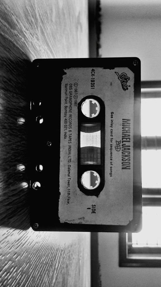 1987 Michael Jackson Bad Vintage Tapes & CDs Black And White Light And Shadow
