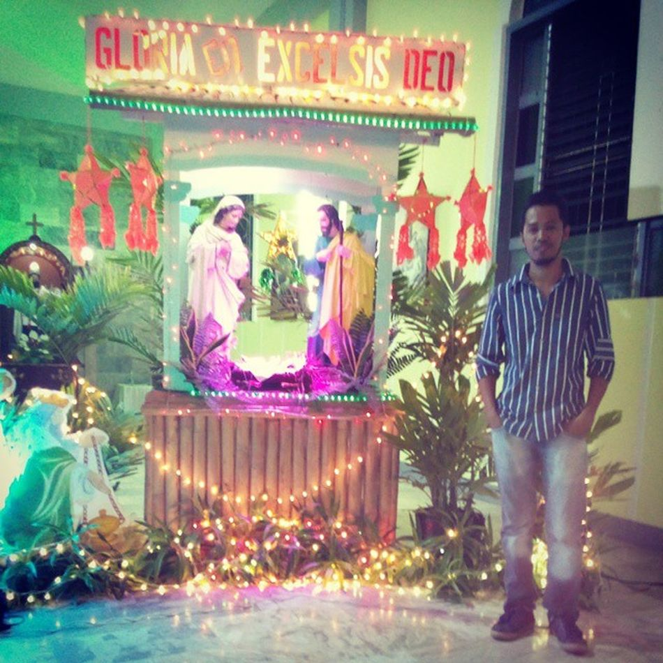 Happy Christmas to each and everyone from me, my family and BuntodElites Karong adlawa natawhan kita og manunubos, si Cristo ang Ginoo Belen (Nativity Scene) at the altar of our parish church. Staugustine Nativity Belén Christmas