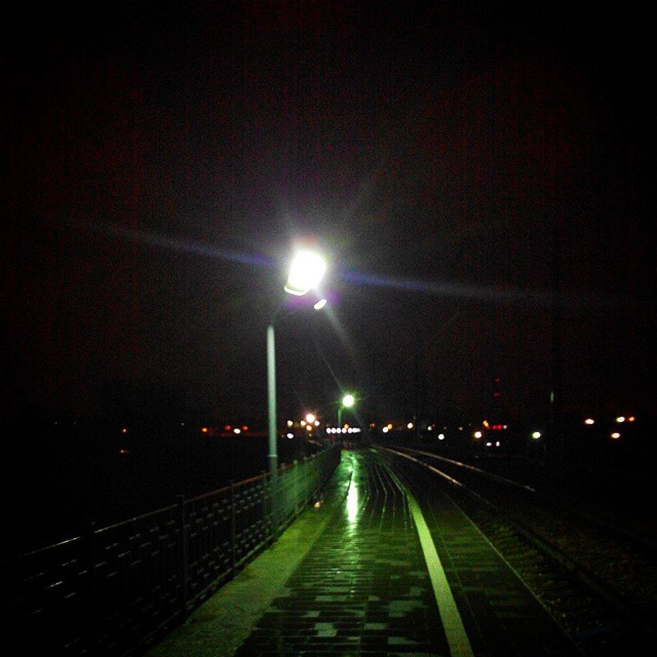 омск Дождь Ночь выставкаомск платформатруд Night Rain