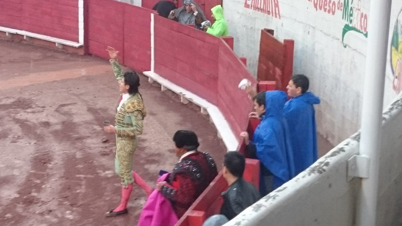 Near Home Mis Hijos Toreros Wonderful World Taken On Mobile Device Aficion Toros Toreros Rain Plaza De Toros Lerdo. Dgo.