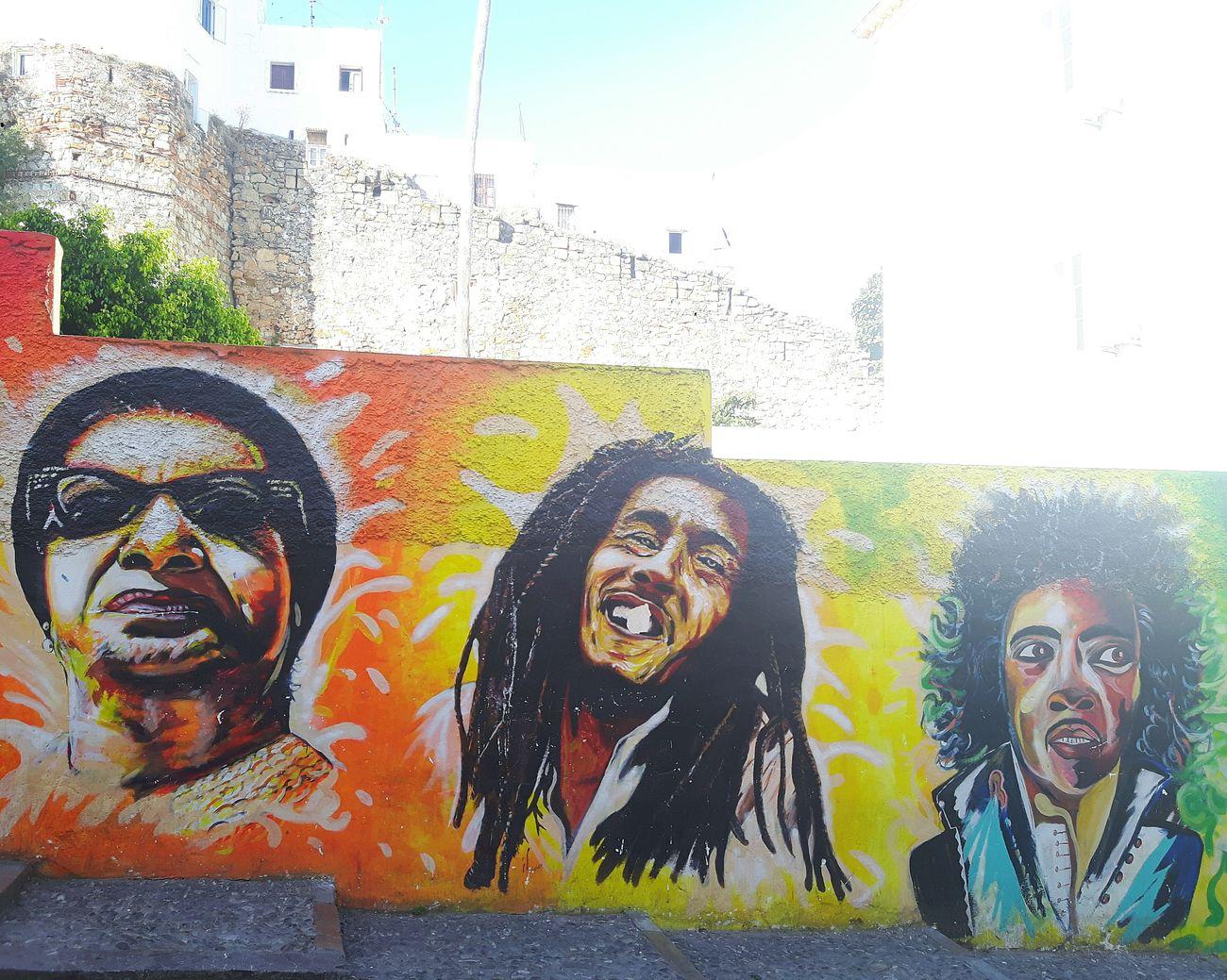 Street art Bobmarley OmKalthoum Michael Jackson Colorful Oldmadina Tangier Old City Art Streetart Streetphotography Colors