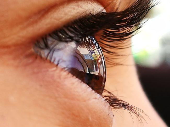 Eye Refliction Eye Reflection  Human Body Part Human Eye No Edit Oo Cameraphone P9 LICA LENS Macro Beutyfull Eye Outdoors Dual Lens By My Phone Eyes