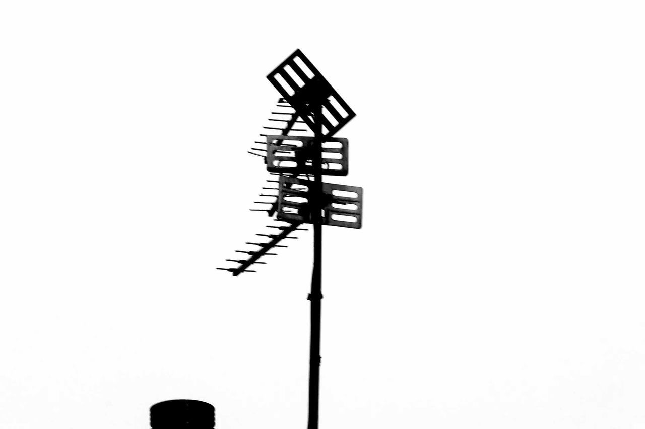 No People Communication White Background Technology Aerial Aerials Outdoors Blackandwhite Photography Blackandwhite Black And White Collection  EyeEmNewHere EyeEm Gallery Digital Camera Canon1300d Beginnerphotographer Digital Single-lens Reflex Camera Photographing LearningEveryday Art Is Everywhere