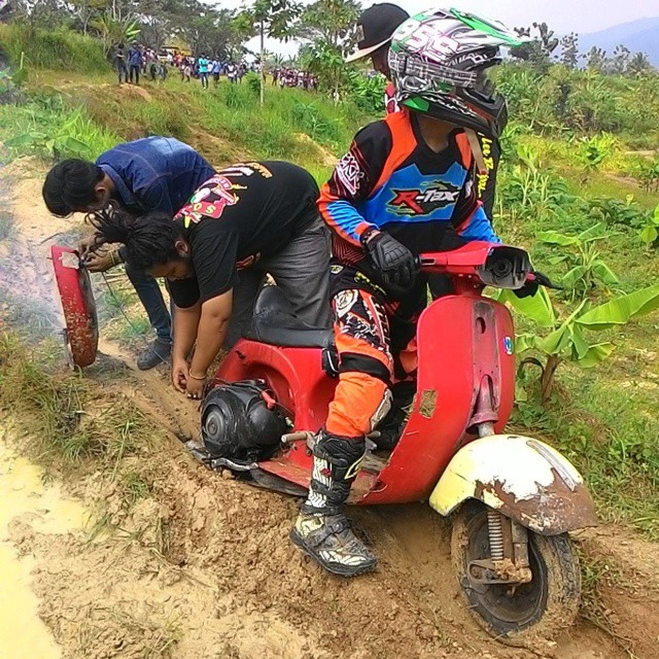 GTX Vespa Banjarsari Vespacross Vesparacing Gtx Sober  Saku Vespagram Scooterprix Scooterracing