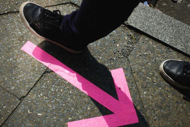Wrong Direction , Felix!! :D Brunnenmarkt VSCO Neon Feet