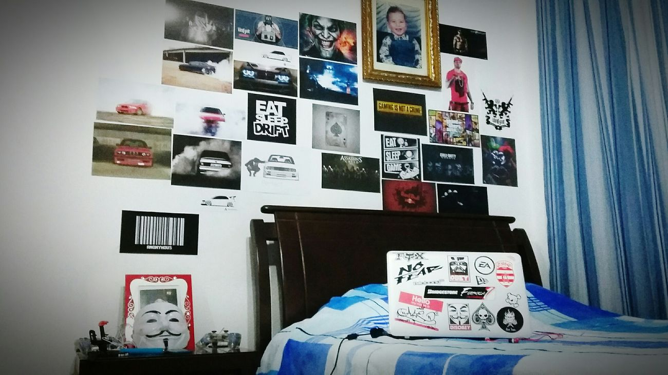 Welcome to my Kingdom!! ✌💀👑🚘🎧🎮 My Room Posters Games Cars Booba ÜKT Joker Batman Ace Drift GTR Bmw Burnout BMW Addiction Anonymous Laptop Stickers ...
