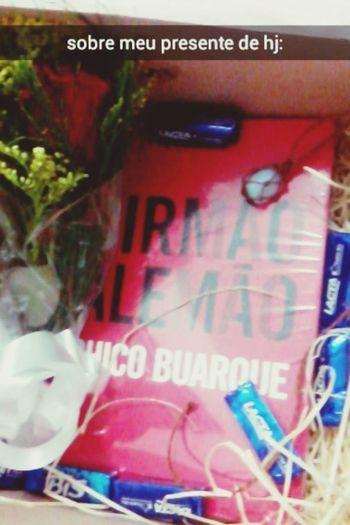 present ???❤ Hello World Birthday Chico Buarque