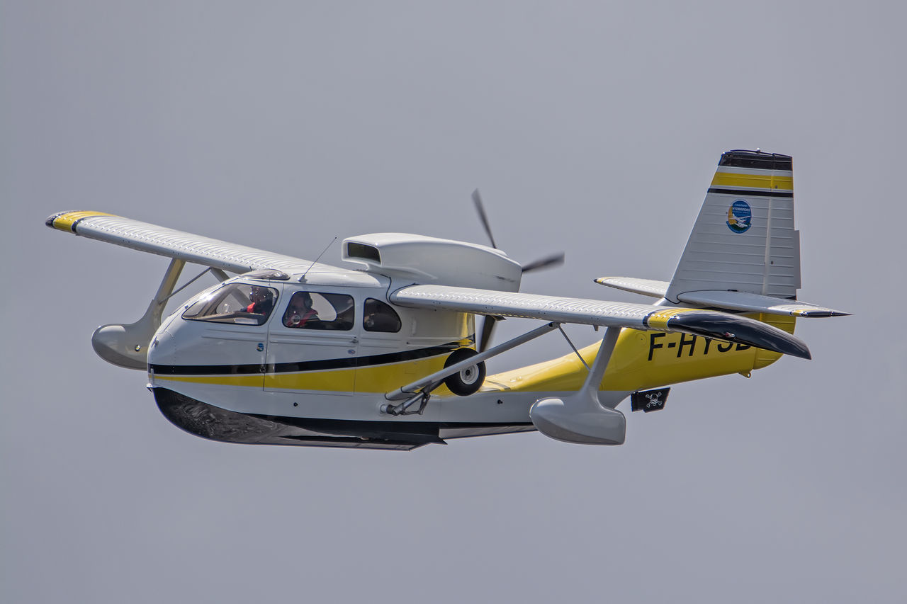 Aircraft Airplane Airshow Avion Biscarrosse Blue Close-up Day Flight Flying Flying Spirit à Biscarrosse 2016 Low Angle View Meeting Mode Of Transport Nature No People Outdoors Seabee Sky Yellow