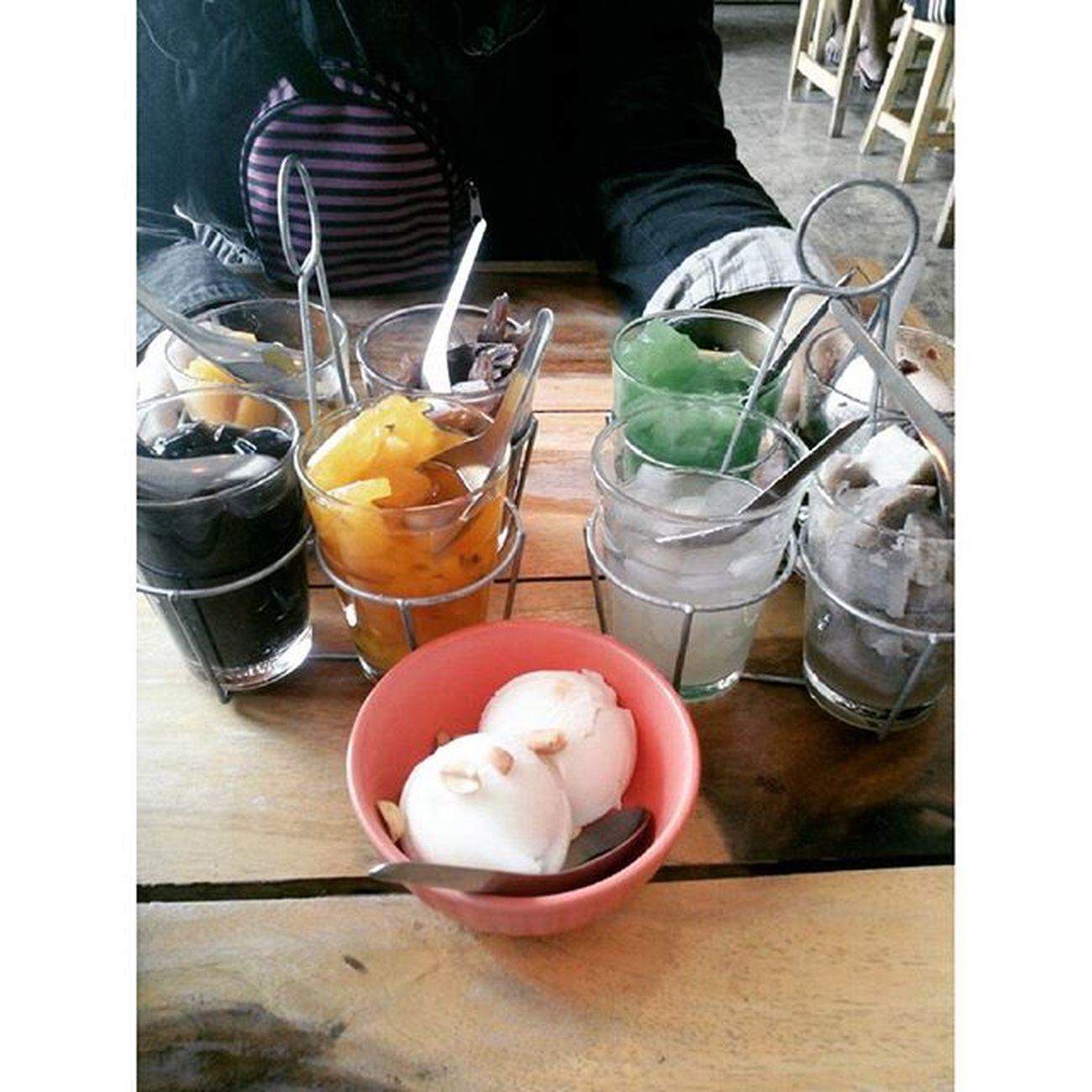 ไอติมกะทิเครื่องตามใจ นี้ตั้งชื่อเมนูเอง 5555 Reviewkorat Review Food Thailand